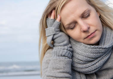 http://www.mafamillezen.com/wp-content/uploads/2012/03/Femme-triste-lu-photo-Fotolia.com_.jpg