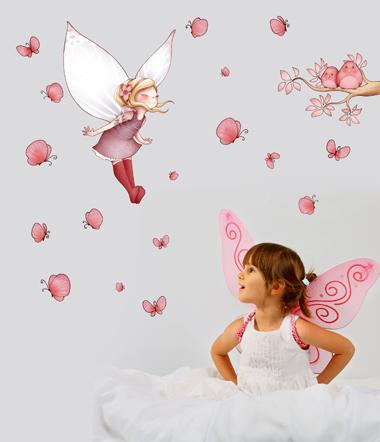 Chambre d 39 enfant stickers et papiers peints ludiques for Tapisserie chambre bebe