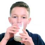 Le lait favorise-t-il l'acné ?