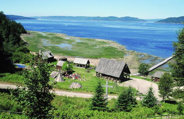 La Nouvelle France : Basse-Ville au bord du Saguenay