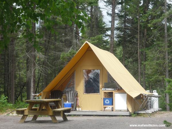 "PNR de la Pointe-Taillon - ""Prêts-à-camper"" en tente Huttopia"