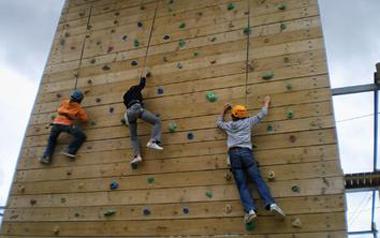 mur_escalade_funcoastpark_eci