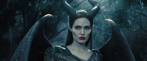 Angelina Jolie est Maléfique