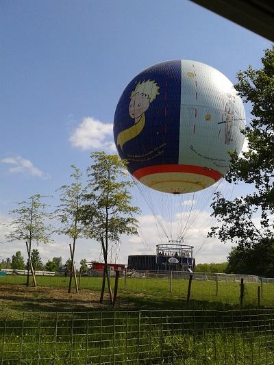 Ballon aérien décollage au Parc du Petit Prince