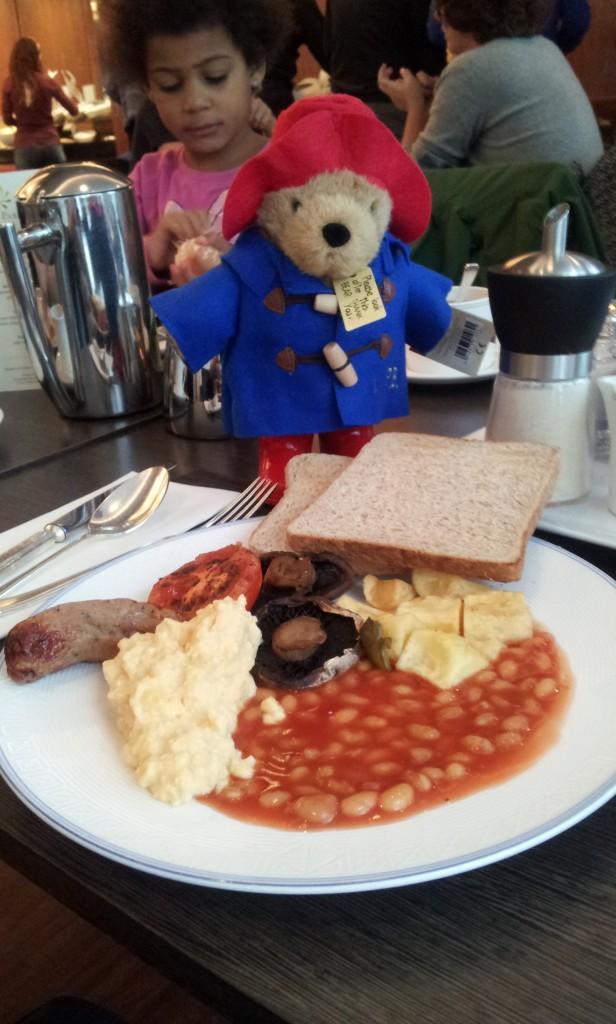 English breakfast en formule buffet au Lancaster Hotel