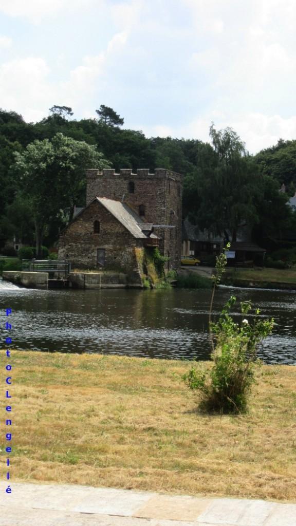 Moulin de Chenillé transformé en musée