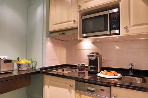 Fraser_Claridge_cuisine_Deluxe Suite