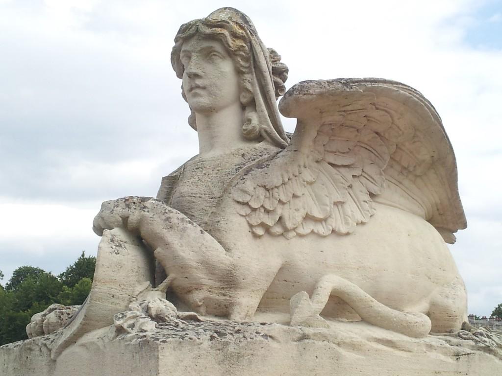 Statue mi-animal mi-homme au château de Chantilly
