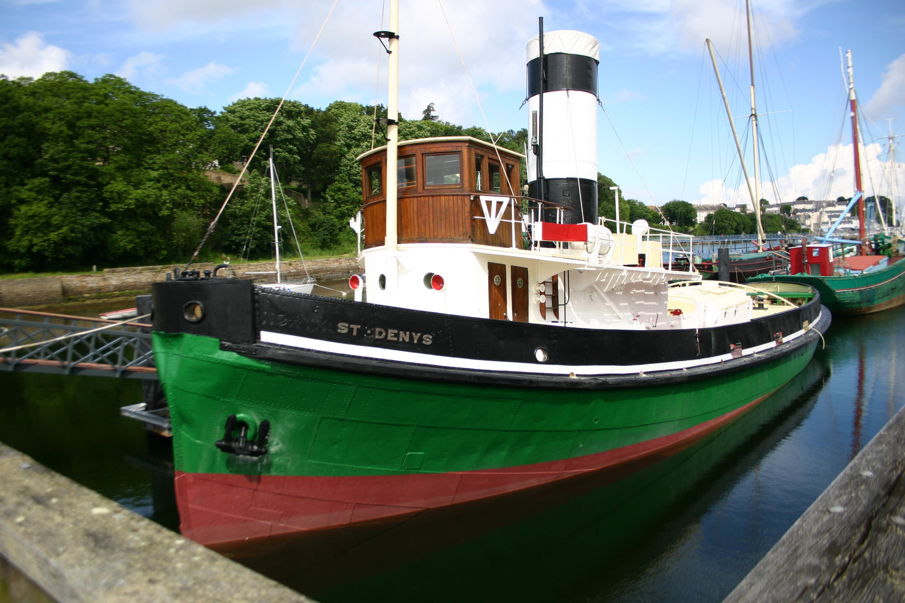 bateau de peche douarnenez