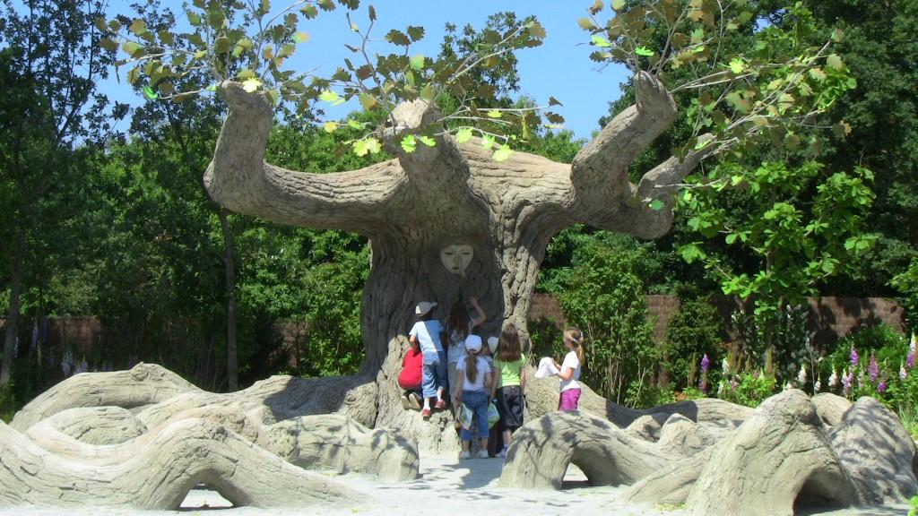 Terra Botanica - L'arbre à palabres...