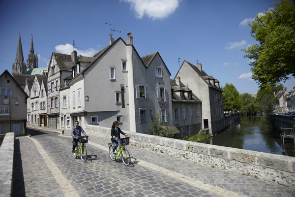 Chartres - rue du Bourg - Office de Tourisme de Chartres - Mathieu ANGLADA