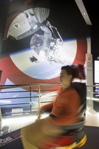 La Cité de l'Espace de Toulouse - Le siège simulateur rotatif.