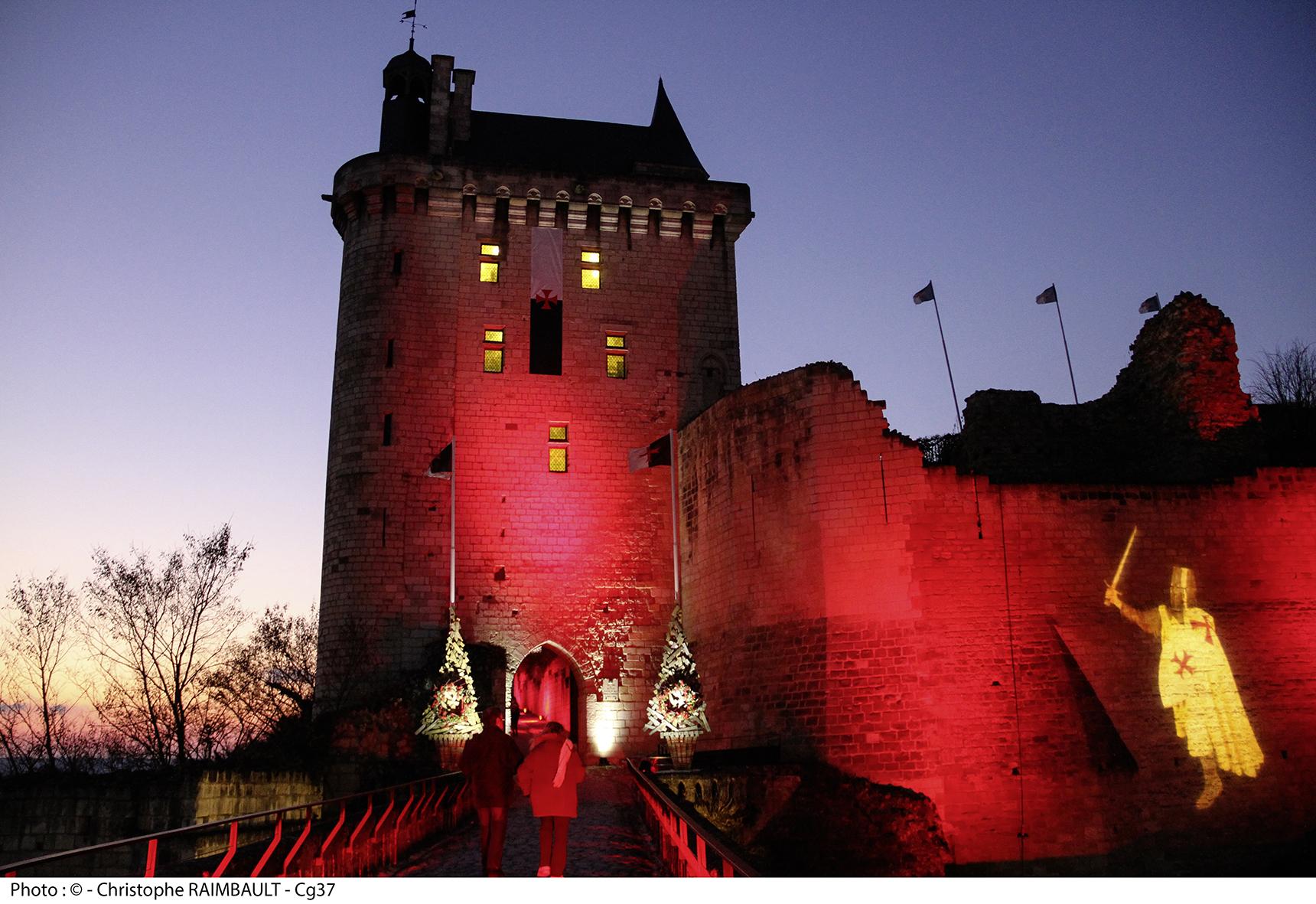 A Chinon, la forteresse se pare de lumières