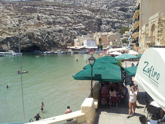 Gozo_baie_de_Xlendi_restaurant_Zafiro