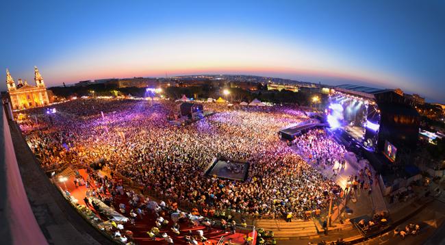 Malte_LaValette_concert_Isle of MTV 2015