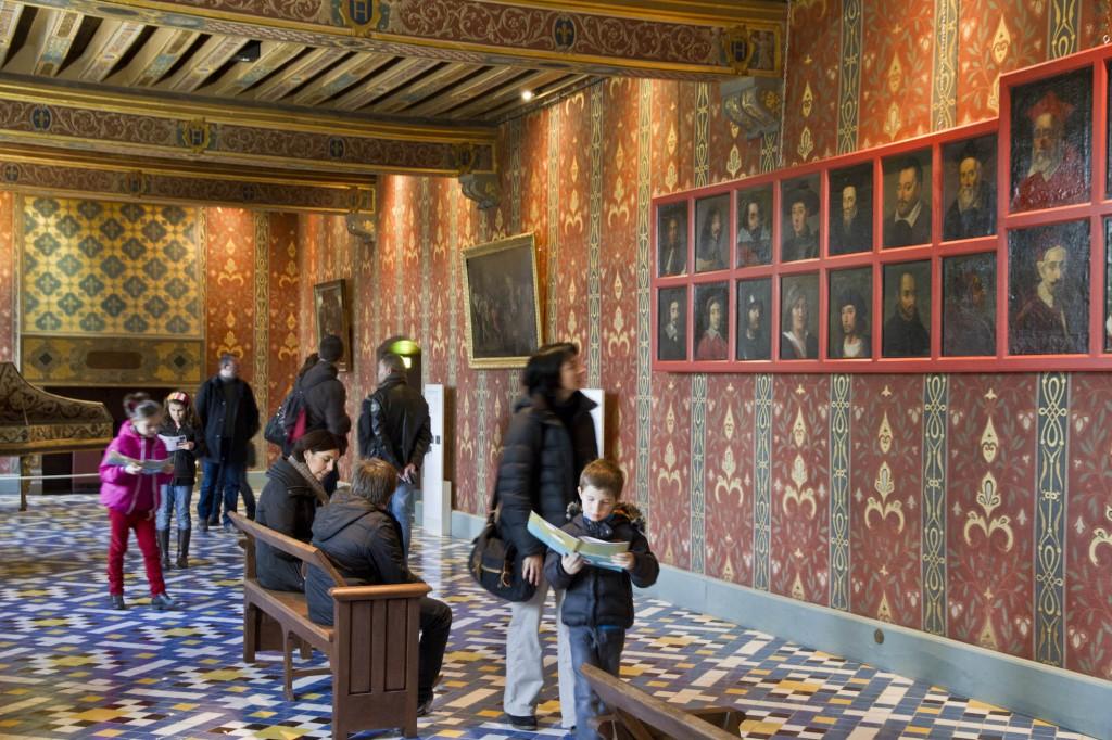 Chateau_de_Blois_visite_avec_livret_jeux_pour_les_enfants