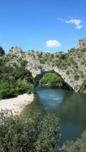 le_pont_d_arc_sur_l_ardeche