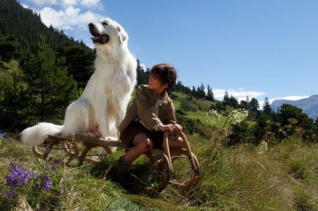 Film Belle et Sébastien, l'aventure continue... Réalisé par Christian DUGAY. Départ luge. Pierrelongue