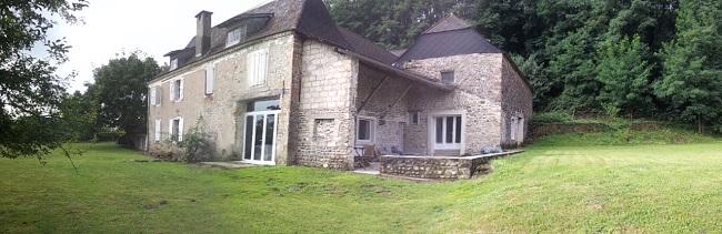 Gite Chez Cazalet à Susmiou en Béarn, vue extérieure