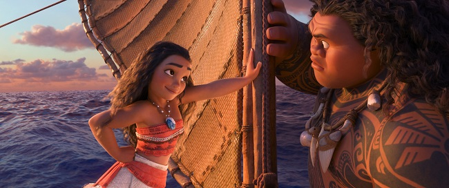 Vaiana et Maui face à face sur un bateau
