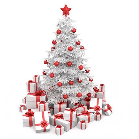 Sapin de noêl blanc à boules rouges avec plein de cadeaux à son pied