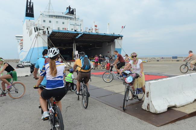 Velotour-Marseille-ferry
