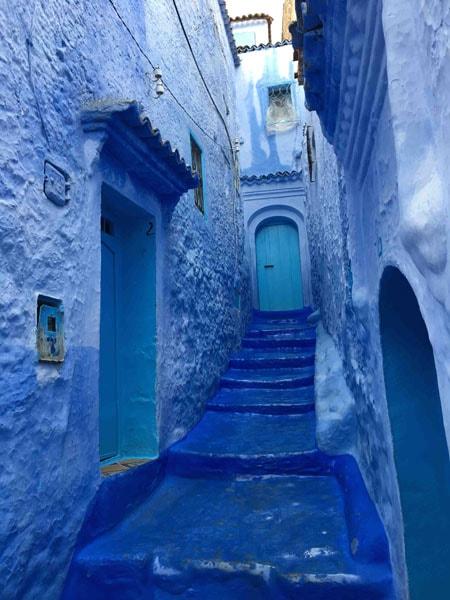 Rue de ChefChaouen au Maroc