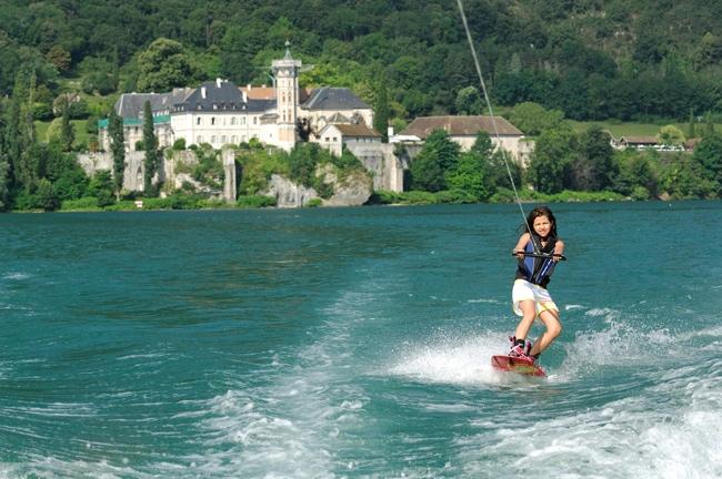 Wakeboard sur le lac du Bourget