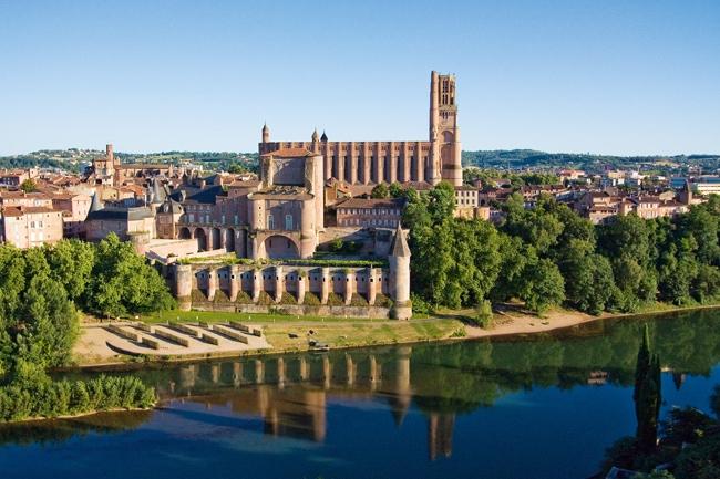 Vue cité épiscopale d'Albi sur le Tarn