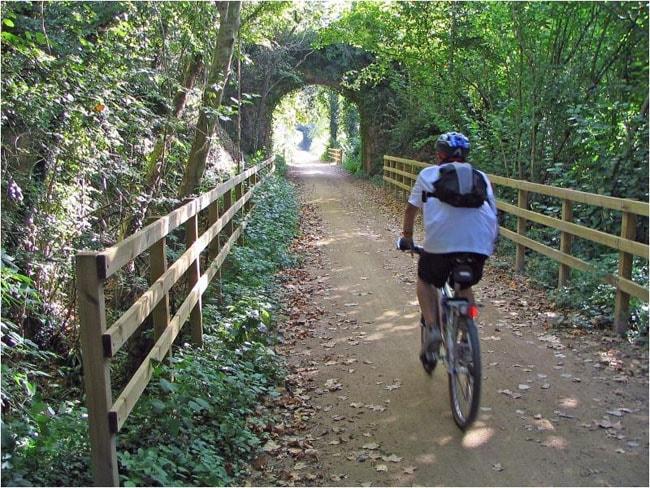 A vélo sur la Voie Verte du Vall d'En Bas