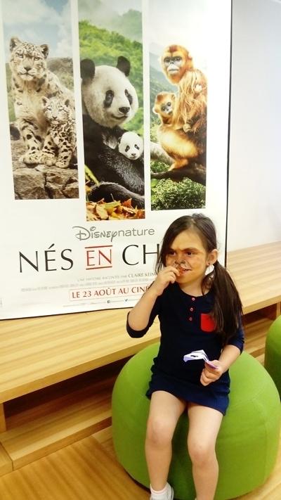 Famille testeuse Mafamillezen à l'avant-première de Nés en Chine
