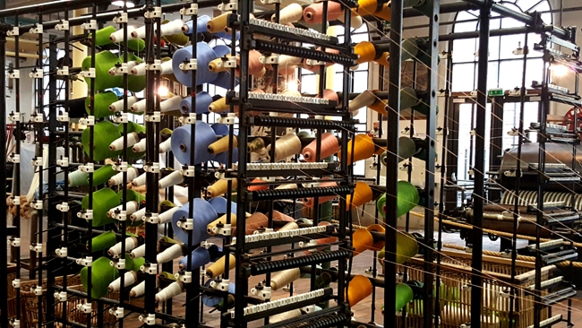 bobines de fil à l'écomusée du textile de Fourmies
