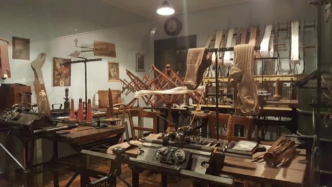 atelier de fabrication de chaussettes
