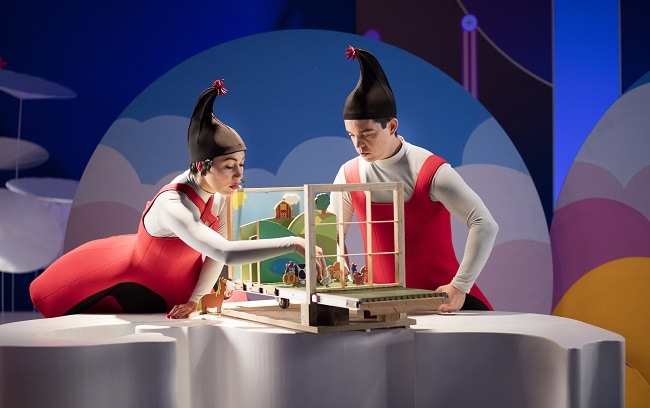 Santa & Cie, les lutins du Père Noël dans leur atelier