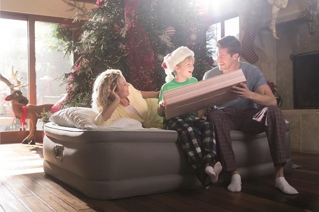 matelas gonflable lit d'appoint pour vacances de Noël