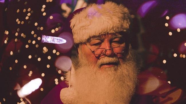 Père Noël gros plan visage