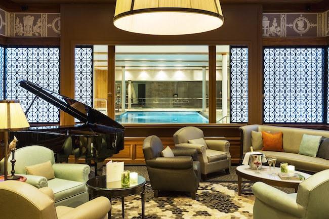 vue piscine hotel le royal la baule