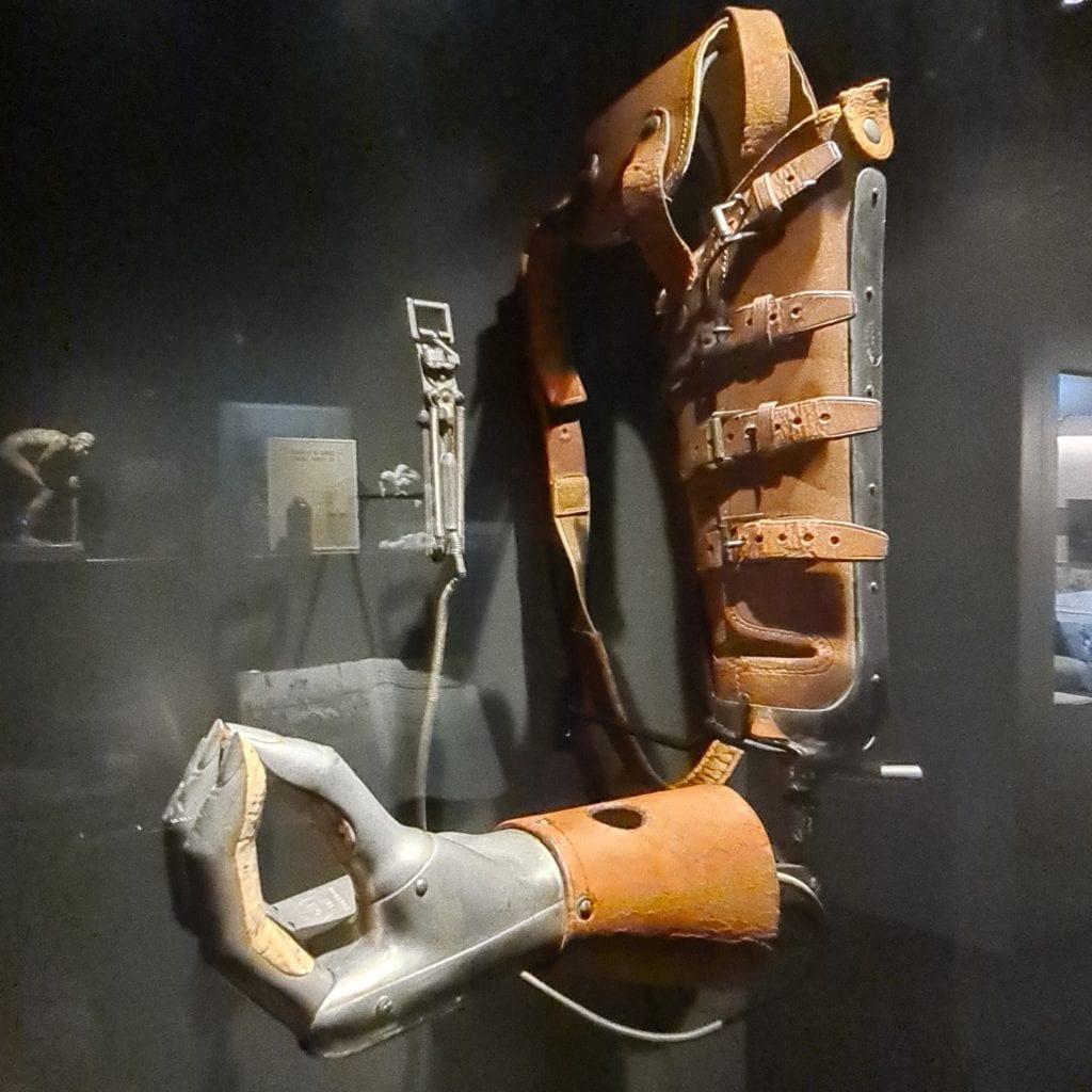 prothèse bras soldat mutilé musée de Meaux
