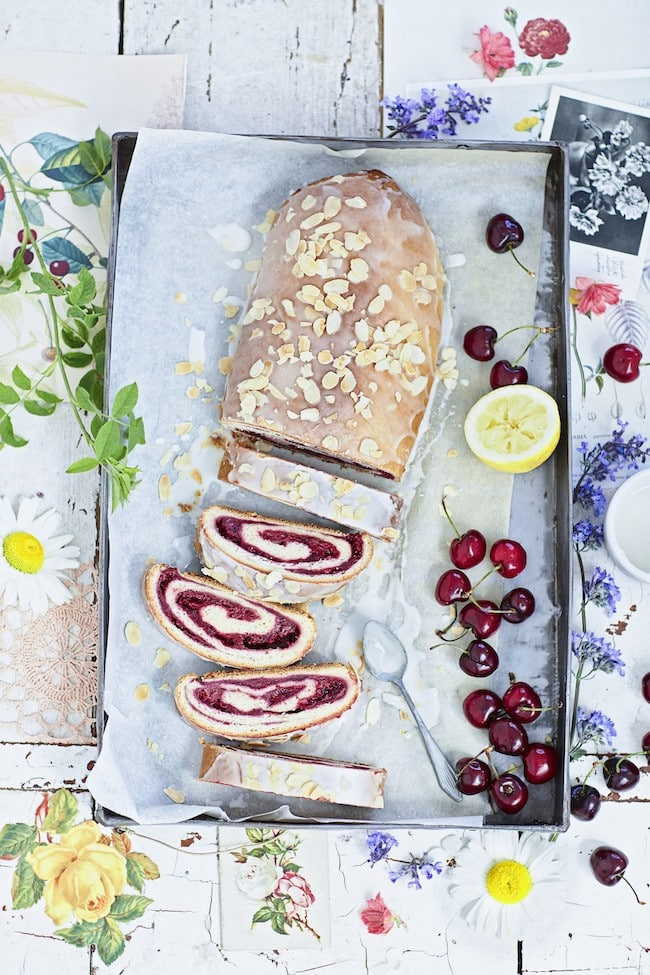 recette gâteau roulé aux cerises
