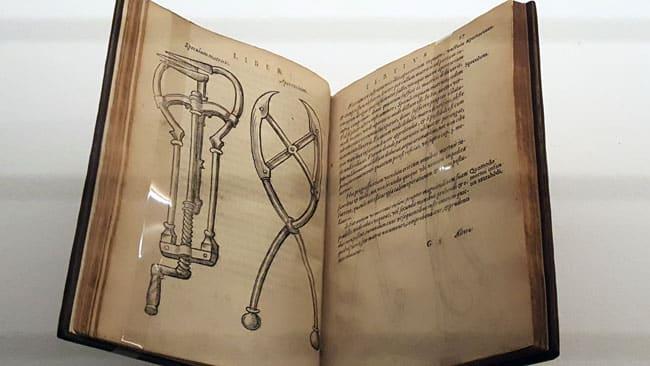 manuel accouchement à la Renaissance