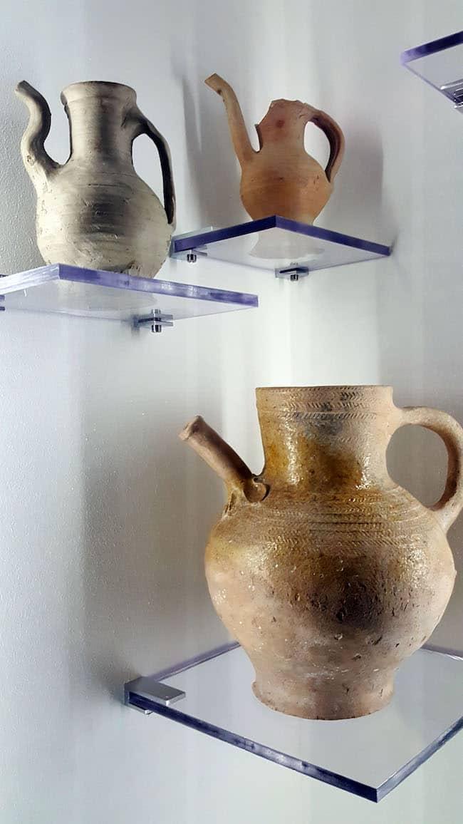 biberons en poterie