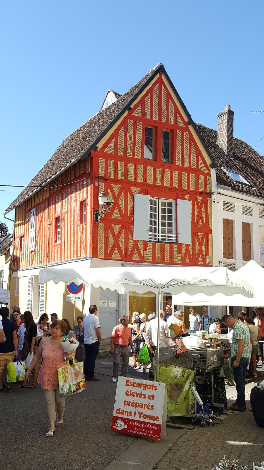 marché de Toucy dans l'Yonne