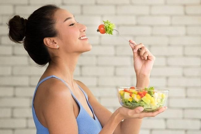 fruits et légumes pour le petit déjeuner