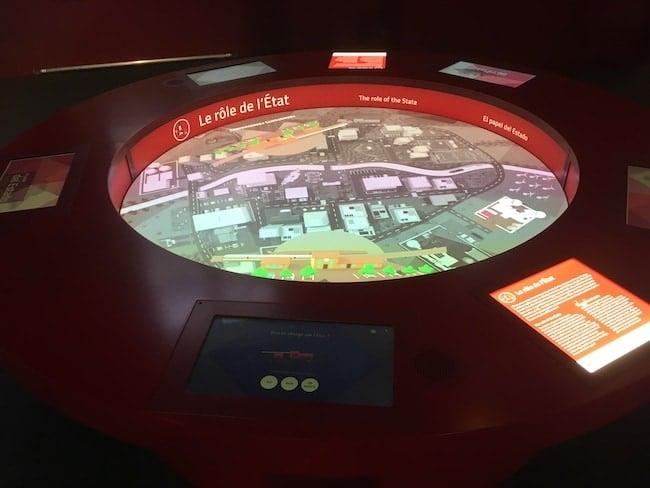 jeux interactifs pour expliquer l'économie à Citéco Paris