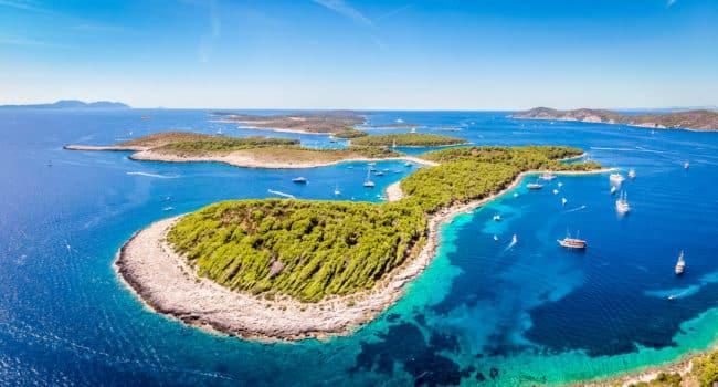 croisière en voilier en Croatie île de Hvar