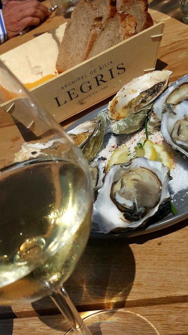 Finistere bar a huitres legris plage castel ach