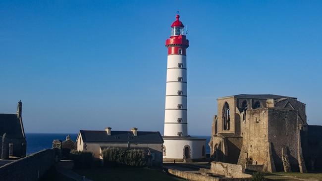 Finistere phare abbaye pointe Saint-Mathieu
