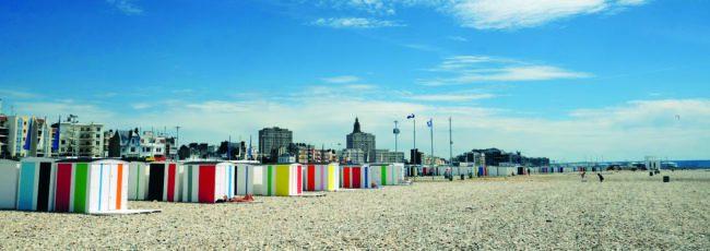 La plage du Havre et ses cabines colorées