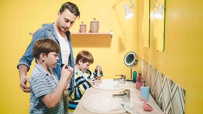 brosse à dents électrique version enfant de l'Y-Brush