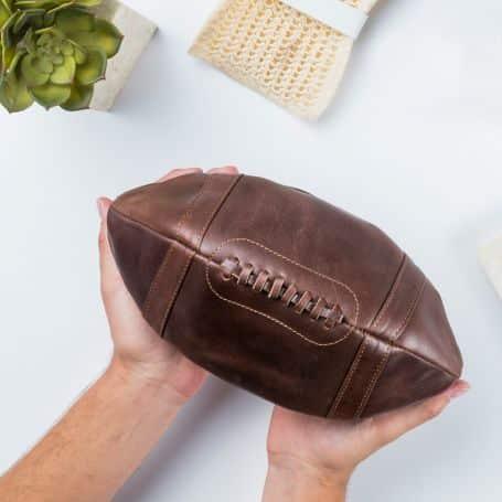 trousse en cuir ballon de foot américain